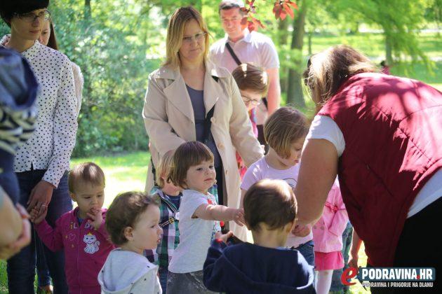 Pričaonica za djecu - gradski park Koprivnica // foto: Mario Kos