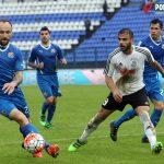 Muzafer Ejupi cijelu je utakmicu bio pod budnim okom Schildenfelda i Sigalija // Foto: Ivan Brkić