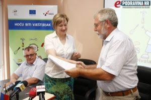 Potpisivanje sporazuma // Foto: Matija Gudlin