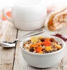 Cjelovite žitarice te suho i orašasto voće, ključne su za vašu probavu // Foto: Ingimage
