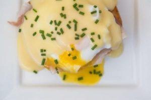 Jaja Benedict pravi su konkretni doručak // Foto: Ingimage