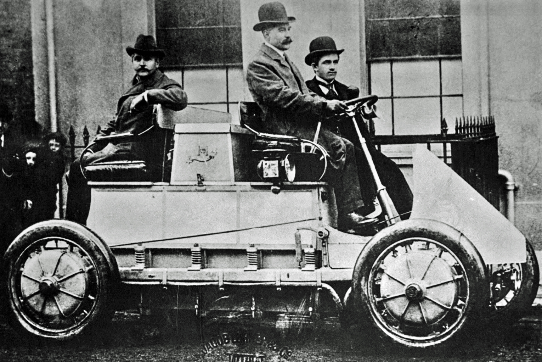 Lohner Porsche, prvi hibrid // Izvor: Wikipedia