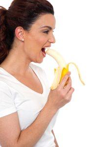 Bananom prema ustima ili ustima prema banani? // Foto: ingimage.com
