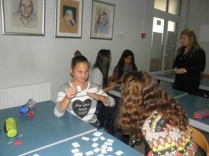 Učenje znakovnog jezika u knjižnici // Foto: djurjevac.hr