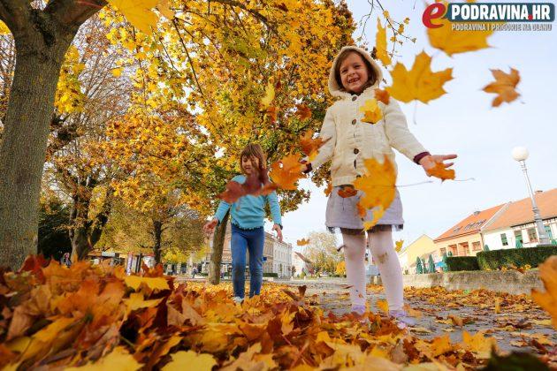 I lišće može biti zabavno // Foto: Matija Gudlin