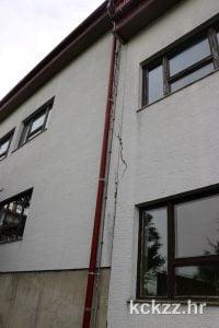 Popucali zid na školi // Foto: kckzz.hr