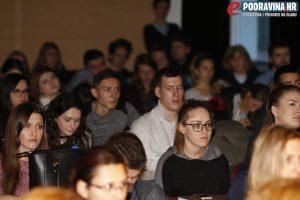 Kovaček je prenio svoje znanje koprivničkim studentima // Foto: Matija Gudlin