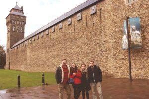 Eva Vučković, Lucija Dugalija, Branimir Radaković i Kristian Pirc u posjeti Cardiff Castleu // Foto: RUL