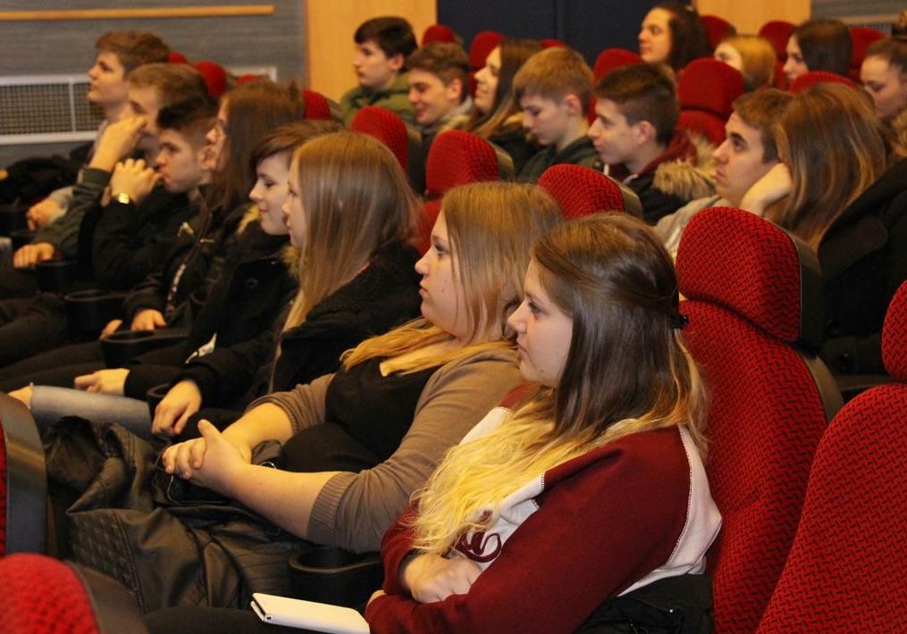 filmovi za mlade vruće tinejdžeri s velikim kurcima