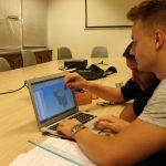 Koprivnički srednjoškolci izradili pametnu kasicu prasicu za IRIM-ov natječaj s micro:bitovima