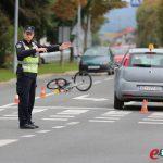 Prometna nesreća - auto na biciklisticu