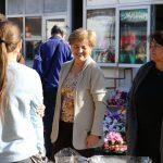 Cvijeće na tržnici uoči blagdana Svih Svetih // Foto: Matija Gudlin