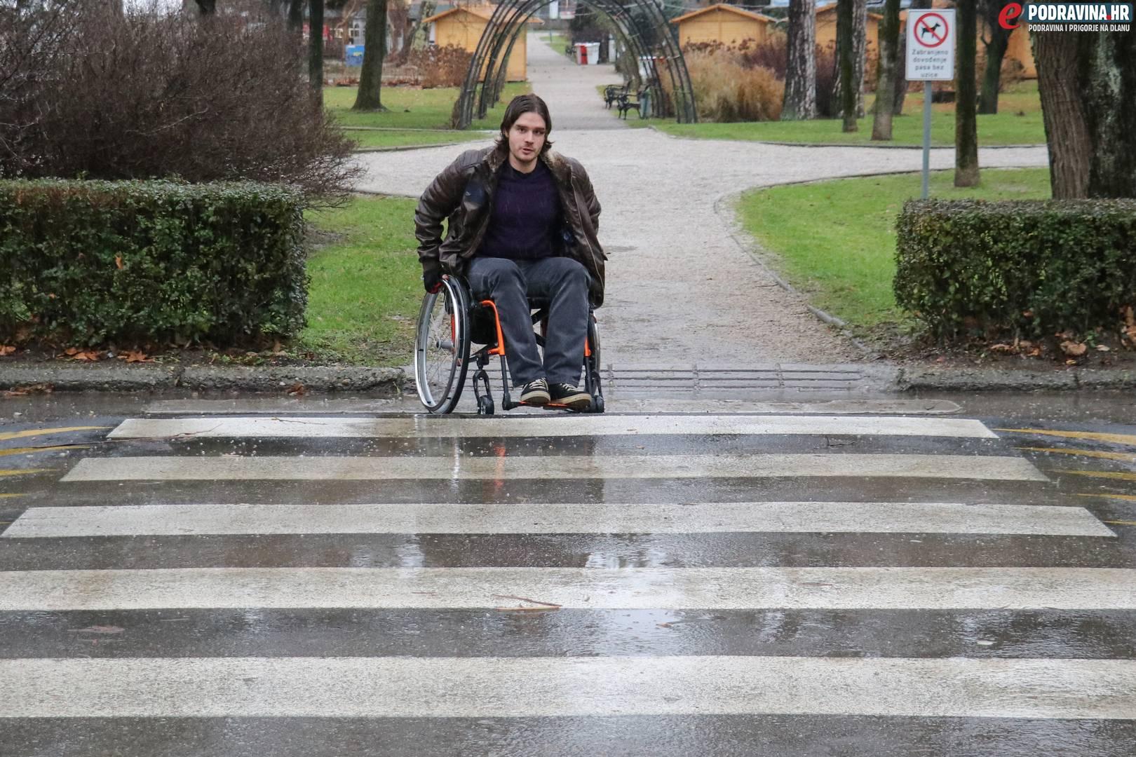 mjesto za upoznavanje sa invalidskim kolicima
