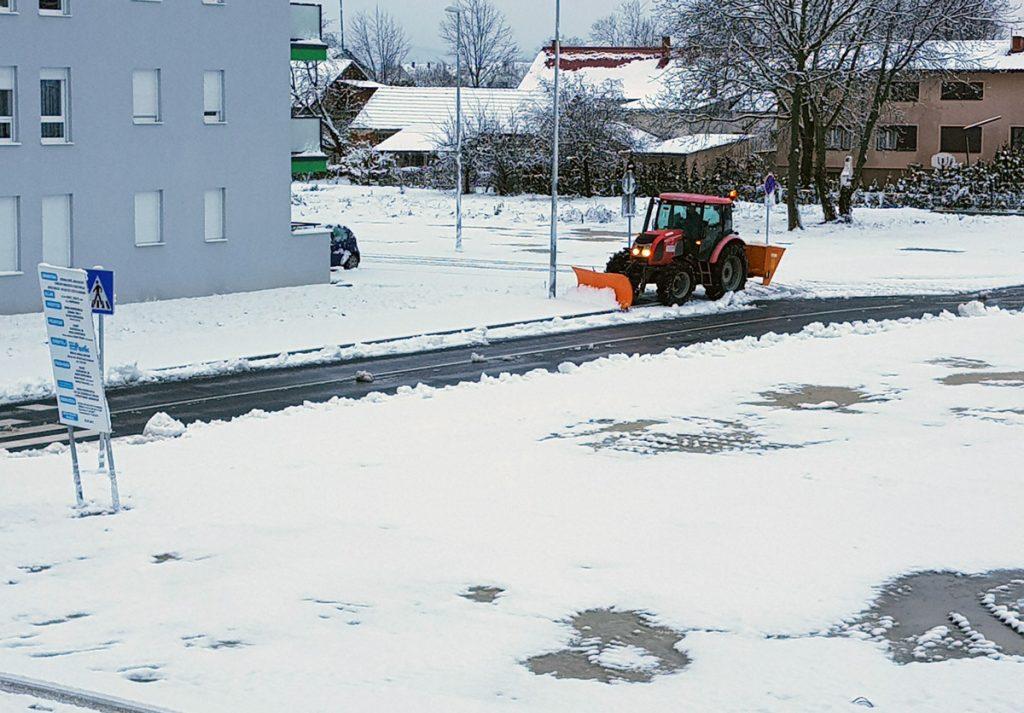 Prvi snijeg, ralica