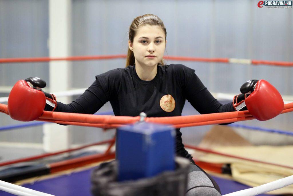Julija Kuhar