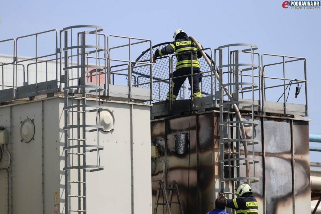Požar u tvornici Lino // Foto: Matija Gudlin
