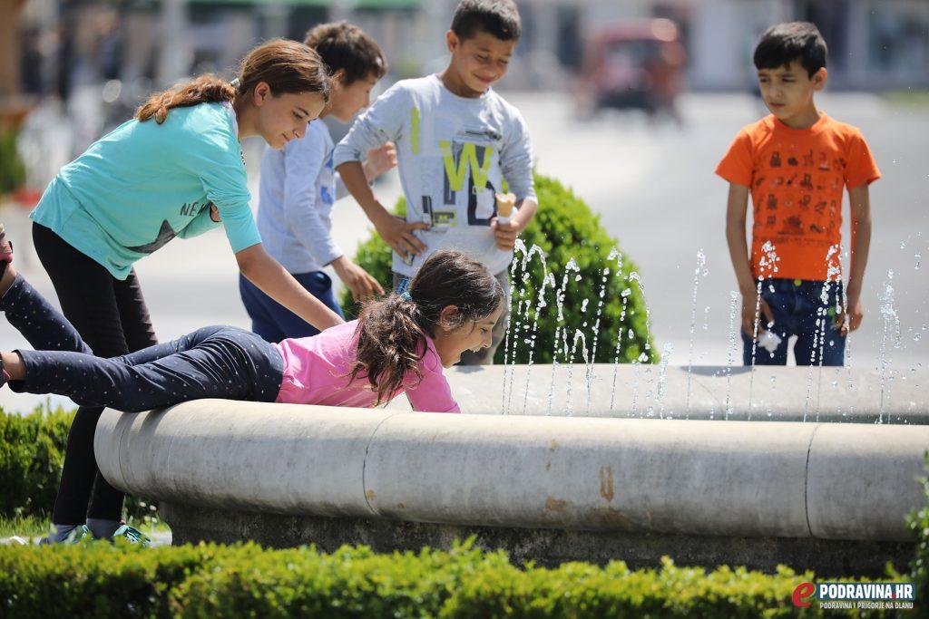 Hlađenje na gradskoj fontani