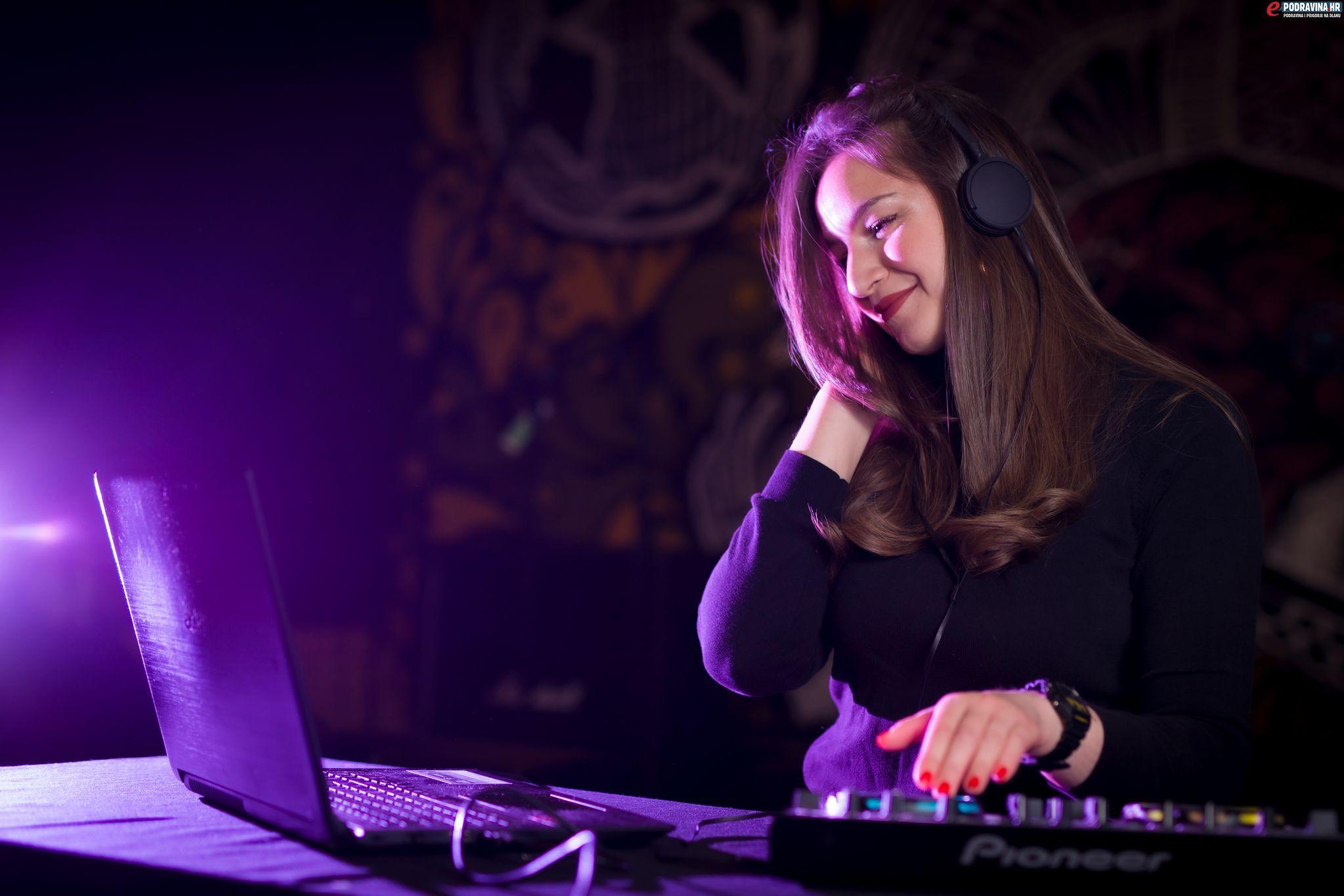 Stella Mehkek // Foto: Matija Gudlin