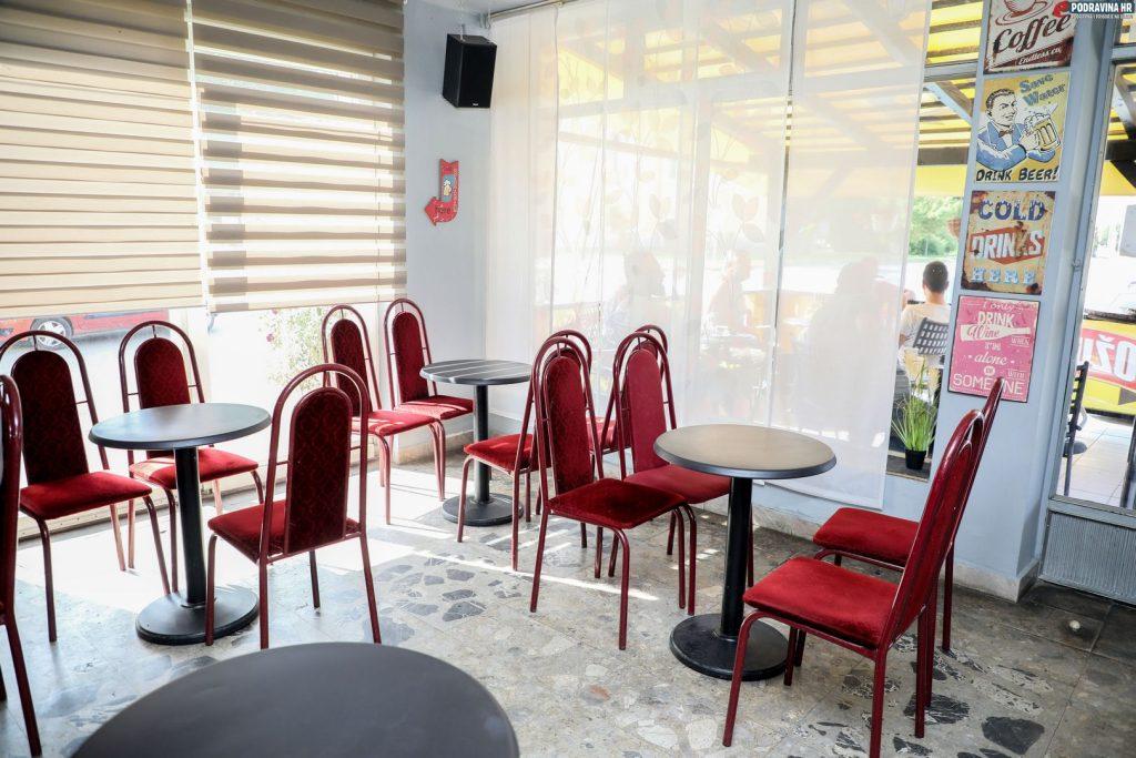 Caffe Bar Stop, Novigrad Podravski // Foto: Matija Gudlin